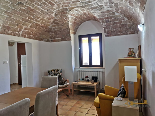 Beautifully restored stone country house for sale: three bedrooms, fantastic vaulted ceilings and outdoor space. 19km from the coast and 40km from the airport. Abruzzo, Italy.