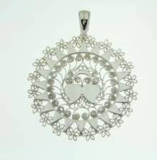 Presentosa, a traditional Abruzzo love token