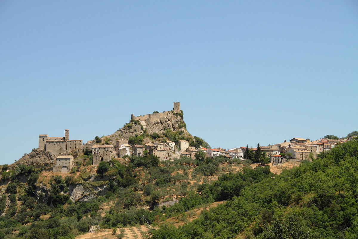 Medieval town of Roccascalegna
