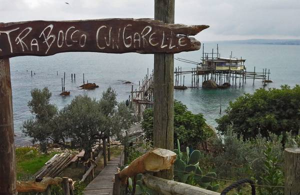 Trabocco Cungarelle in Vasto, Italy