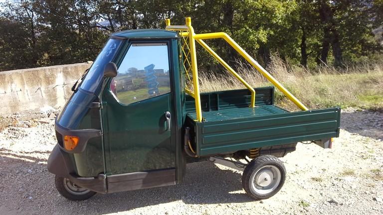 an italian alternative vehicle: ape 50 - life in abruzzo. events