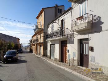 Habitable one bedroom town house for sale near the coast. Italy | Abruzzo | Palmoli . € 22.000 Ref.: PA4777 photo 3