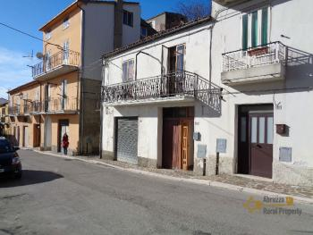 Habitable one bedroom town house for sale near the coast. Italy | Abruzzo | Palmoli . € 22.000 Ref.: PA4777 photo 2