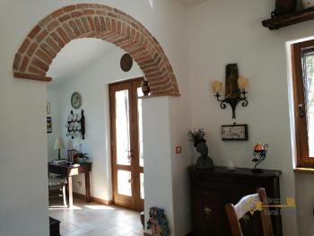 Character villa with beautiful garden and panoramic view. Img24