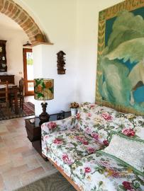 Character villa with beautiful garden and panoramic view. Img25