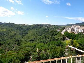 Renovated townhouse with annex for sale in Gissi. Abruzzo. Img2