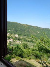Charming country house with land and fantastic view. Abruzzo. Img36