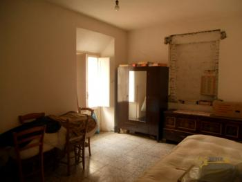 Habitable detached town house in Carunchio. Abruzzo. Img12
