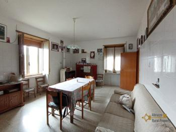 Two bedroom townhouse with cellar, ready to live in, Liscia. Img10