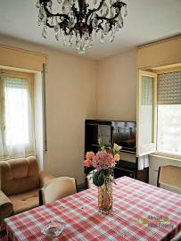 Four bedroom house with 200 sqm front land in Colledimezzo. Img2