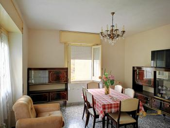 Four bedroom house with 200 sqm front land in Colledimezzo. Img1