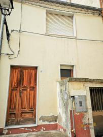 Bargain house with back garden and terrace for sale, Molise. Img19