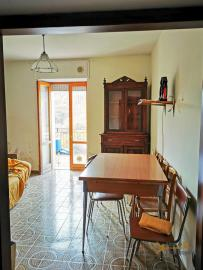 Bargain house with back garden and terrace for sale, Molise. Img3