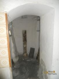Character stone house in need of intenal renovation. Italy | Abruzzo | Colledimezzo . € 24.000 Ref.: CO3047 photo 10