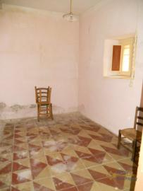 Character stone house in need of intenal renovation. Italy | Abruzzo | Colledimezzo . € 24.000 Ref.: CO3047 photo 8