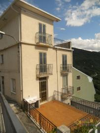 Town house with two terraces. Colledimezzo. Img3