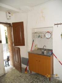 Town house in Colledimezzo. 2,5 km far from the lake. Img5