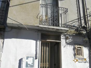 Habitable town house in Montemitro. Molise. Img6