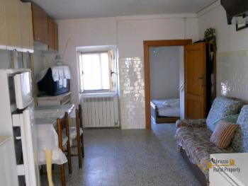 Habitable town house in Montemitro. Molise. Img1