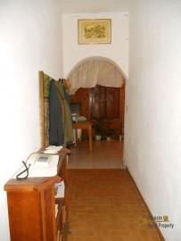 Country house with terrace, garage and 1.000 sqm of land. Italy | Abruzzo | Roccaspinalveti . € 40.000 Ref.: RS4012 photo 9