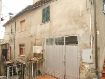Restored townhouse for sale in Carunchio. Abruzzo. Img15