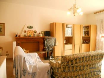 Semidetached townhouse for sale in San Buono. Abruzzo. Img6