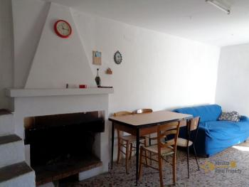 Three bedroom townhouse for sale in San Buono. Abruzzo. Img4