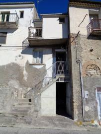 Three bedroom townhouse for sale in San Buono. Abruzzo. Img1