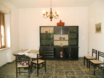 Large townhouse for sale in San Felice del Molise. Img5