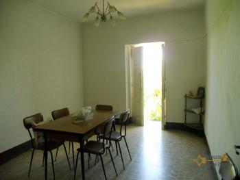 Town house with sea view in Palmoli. Abruzzo. Img4