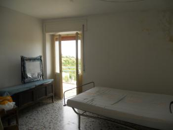 Three bedrooms stone house. Tornareccio. Abruzzo. Img12
