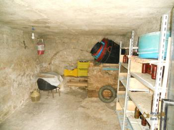 Detached stone house with 2 cellars. Needs light renovation. Italy | Abruzzo | Roccaspinalveti. €24.000 Ref.: RS4047 photo 11