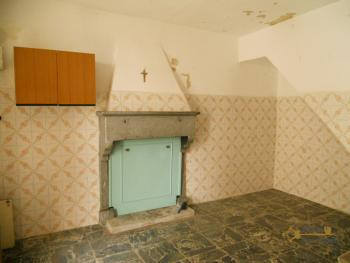 Detached stone house with 2 cellars. Needs light renovation. Italy | Abruzzo | Roccaspinalveti. €24.000 Ref.: RS4047 photo 3