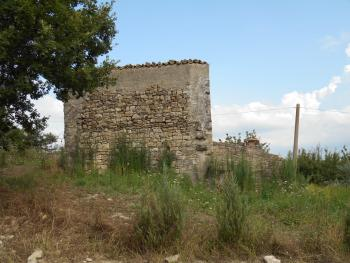 Stone house to restore, with orchard. Guilmi. Abruzzo. Img9