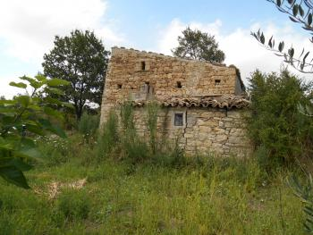Stone house to restore, with orchard. Guilmi. Abruzzo. Img7