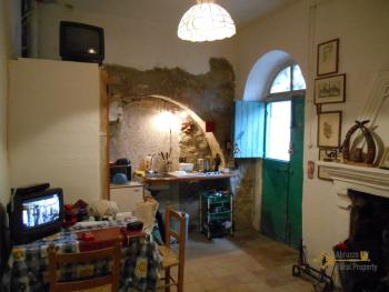 Character stone house for sale in Mafalda. Molise. Img3
