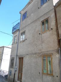 Townhouse with terrace for sale. Celenza Sul Trigno. Img1
