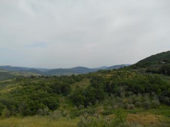 Farmhouse with 3,6 hectares of land. Dogliola. Abruzzo. Img3