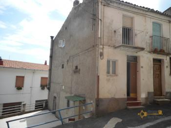 Town house with outdoor space. Palmoli. Abruzzo. Img1