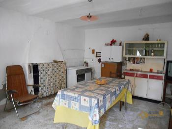 Country house with olive grove for sale in Atessa. Abruzzo. Img6