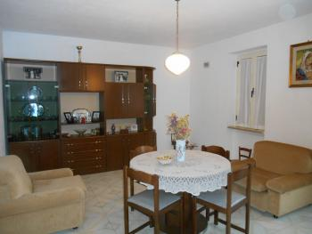 Detached house with six bedrooms. Roccaspinalveti. Abruzzo. Img4