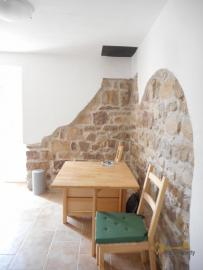 Restored stone house with land. Roccascalegna. Img8