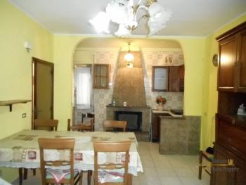Town house for sale in Molise region. Mafalda. Img2