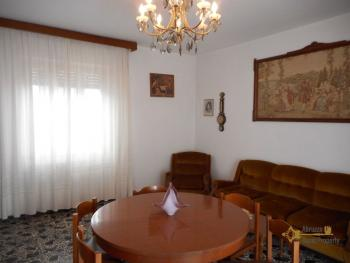 Large townhouse with terrace for sale. Casalanguida. Img13