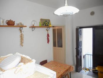 Recently renovated town house in Mafalda. Molise. Img6