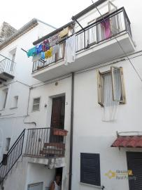 Recently renovated town house in Mafalda. Molise. Img1