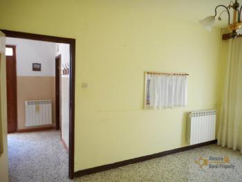 Detached house with garden and olive grove. Abruzzo. Casalanguida. Img7