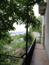 Large town house with land in Casalanguida, Abruzzo. Img16