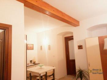 Characteristic town house with terrace. Trivento. Molise. Img16