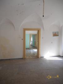 Beautiful character apartment for sale. Palmoli. Abruzzo. Img6